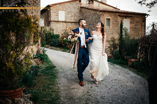 HOW TO SELECT A PROFESSIONAL TUSCANY WEDDING PHOTOGRAPHER